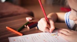 Основные этапы формирования полноценной личности у ребенка