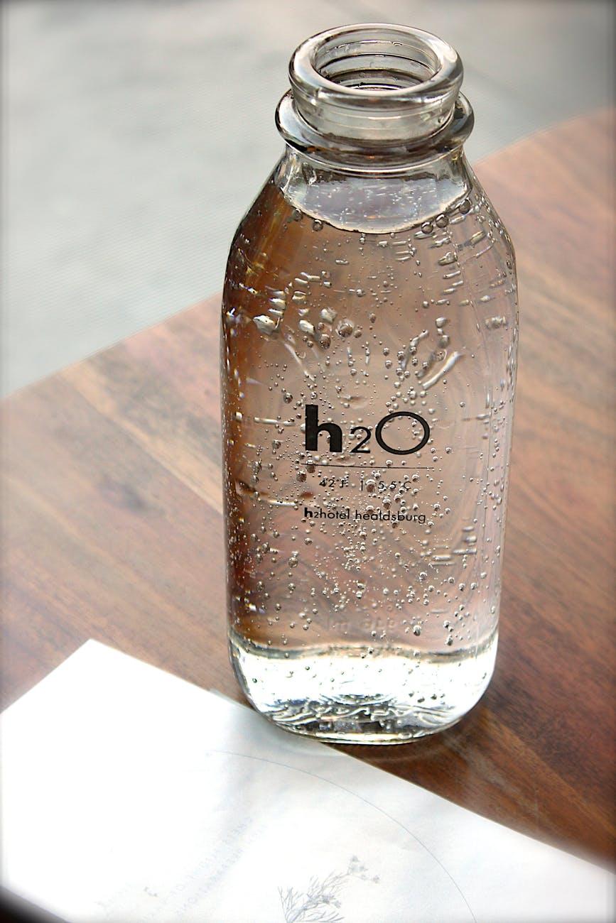 Простая вода полезная