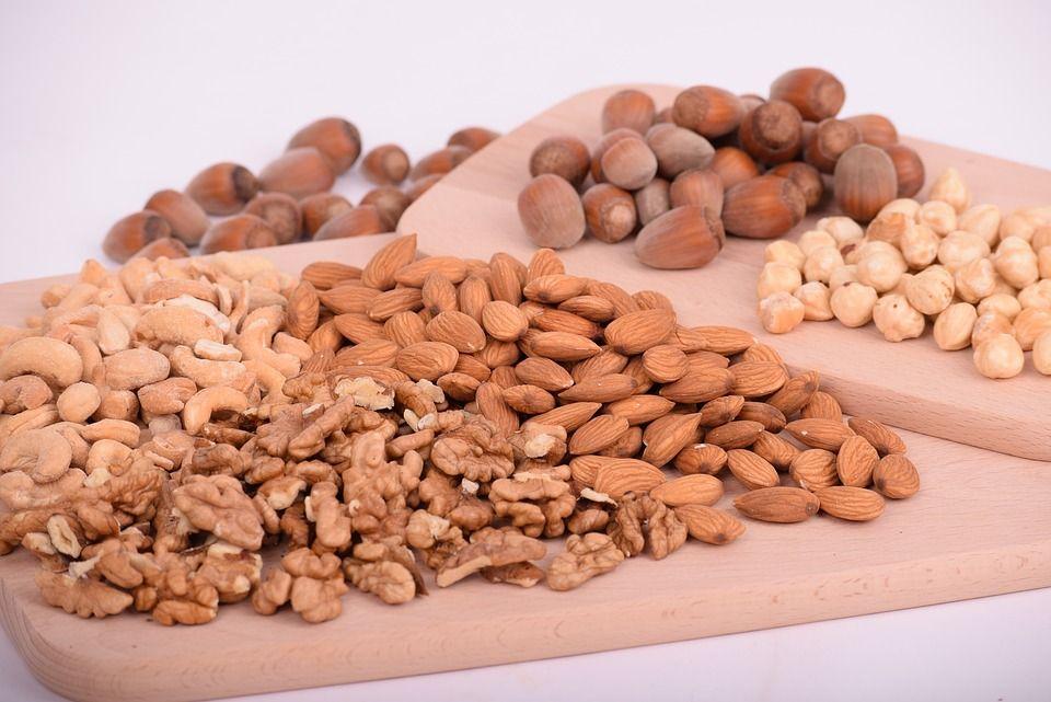 Здоровая пища - орехи